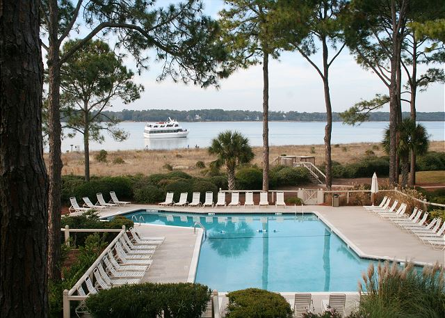 Beachside Tennis 1854 - Beachfront Pool measures 21' x 62' - HiltonHeadRentals.com
