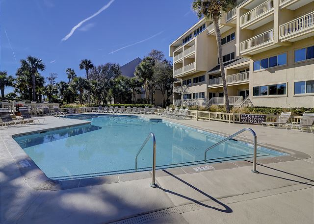 Captains Walk 481 - Pool is Heated in Oct, Nov, Mar & Apr - HiltonHeadRentals.com