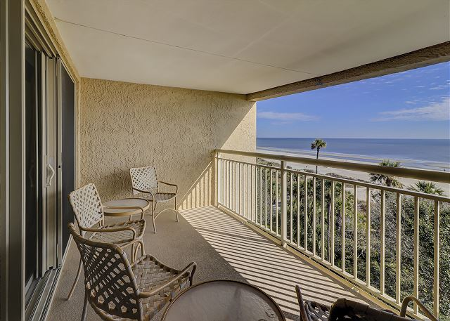 Captains Walk 481 - Private Oceanfront Balcony - HiltonHeadRentals.com