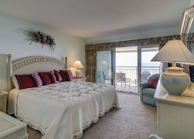Oceanfront Master Bedroom with King bed, TV & Private Bath