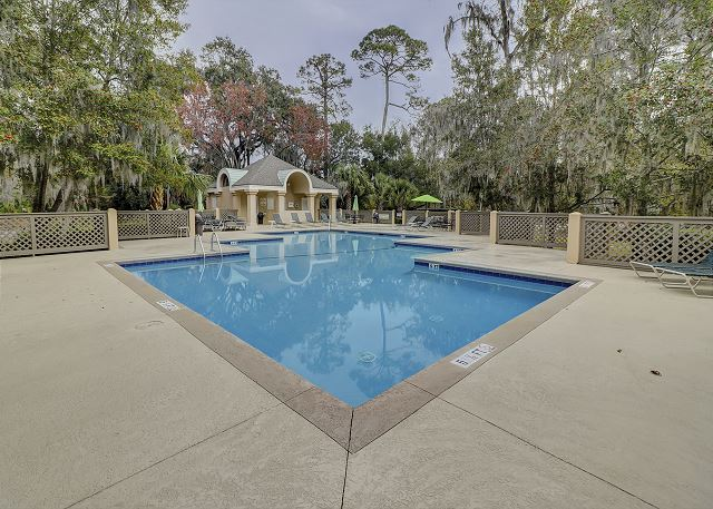 Colonnade Club 196 - Pool measures 21' x 62' - HiltonHeadRentals.com