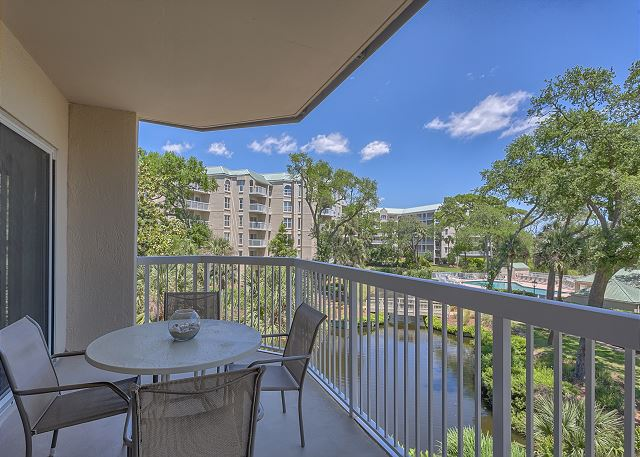 Barrington Court 210 - Private Balcony - HiltonHeadRentals.com