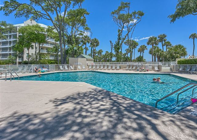Barrington Court 210 - Pool Measures 48' x 70' & is heated March-May & Oct-Dec - HiltonHeadRentals.com
