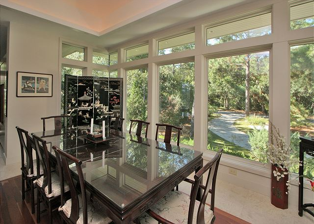 Full Sweep 16 - Dining Room - HiltonHeadRentals.com