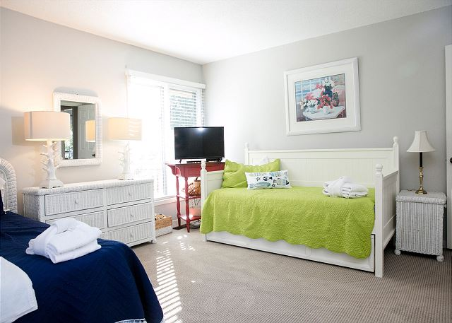 Bedroom 2 with Queen & Twin Trundles, Private Bath & Flat Screen