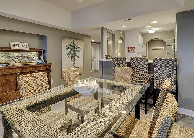 Captains Walk 468 - Dining Room - HiltonHeadRentals.com