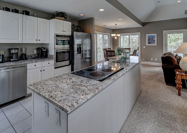 Dune Lane 116 - Fully Equipped Kitchen with Center Island - HiltonHeadRentals.com