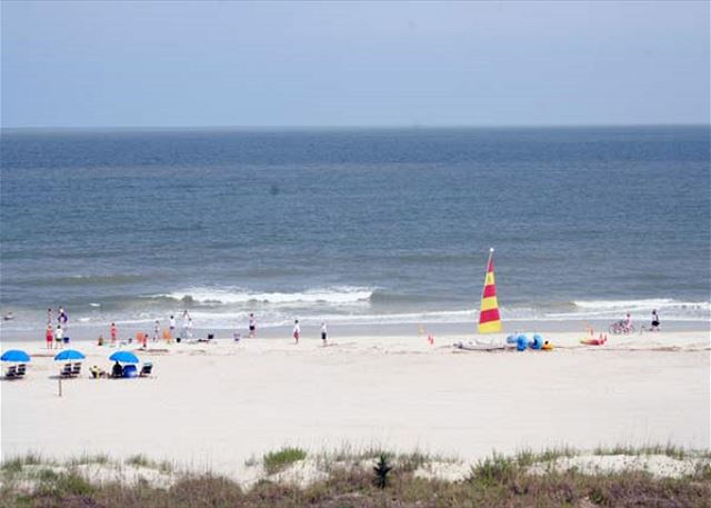 Pelican 7 - Walk easily to the Beach! - HiltonHeadRentals.com