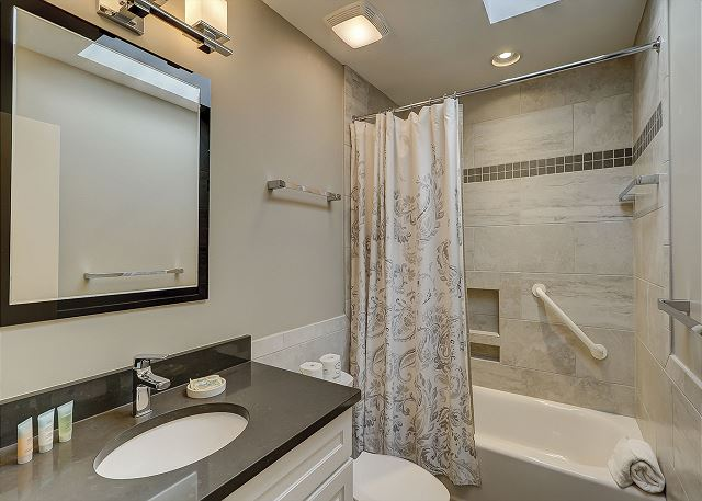 Shared Bath with Tub/Shower Combo