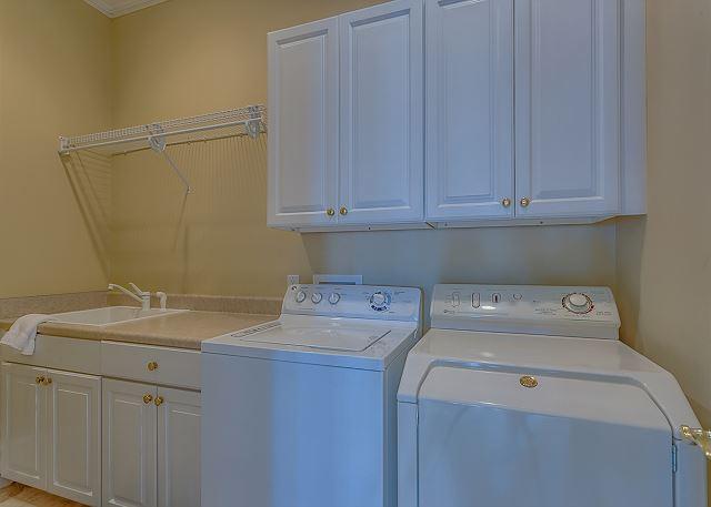 Singleton Beach 5 - 1st Floor Laundry Room - HiltonHeadRentals.com