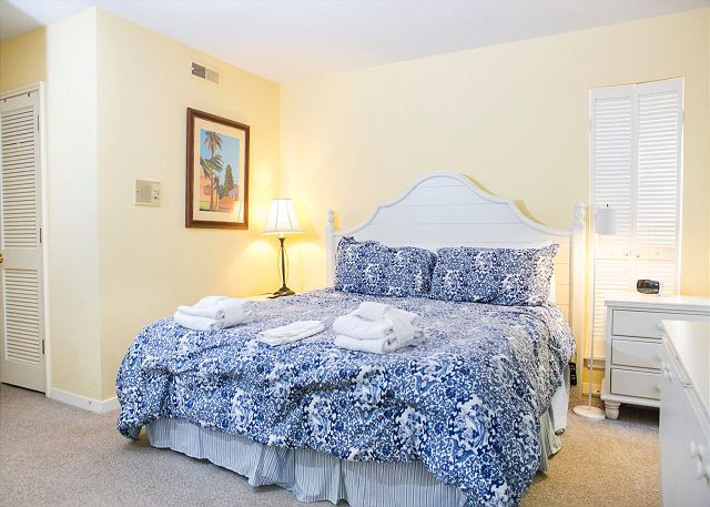 Master Bedroom with King bed, Flat Screen TV & Hall Bath