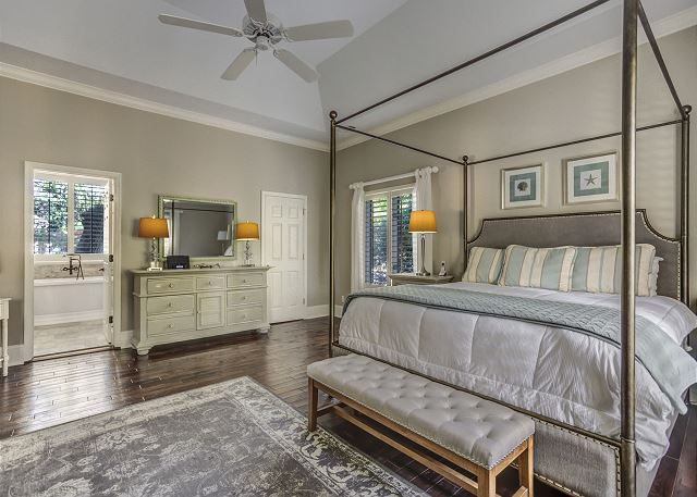 Master Bedroom with King bed, Private Bath & Flat Screen TV