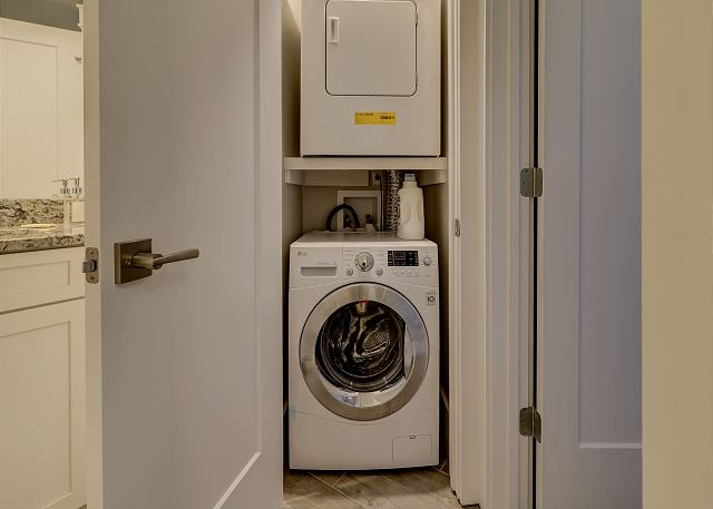 Night Heron 10 - Washer and Dryer - HiltonHeadRentals.com