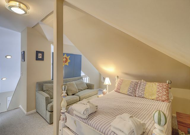 Double bed in Loft Area