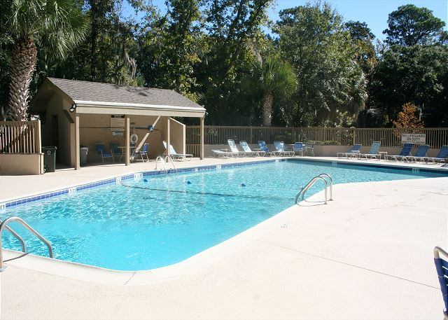 Shipmaster 604 - On Site Pool - HiltonHeadRentals.com