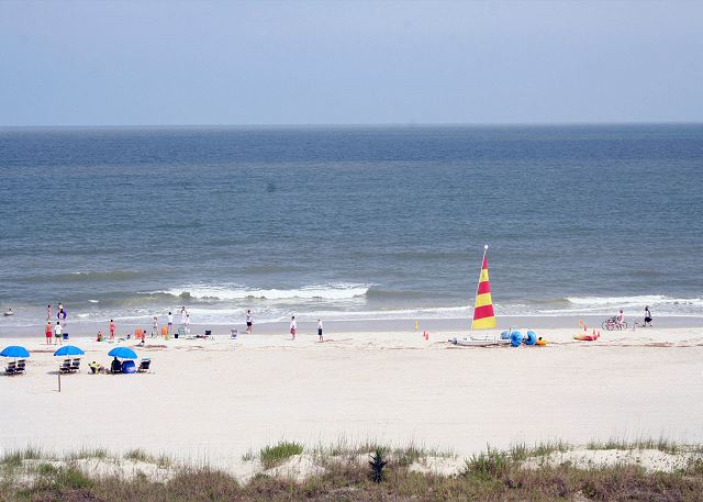 Sandpiper 30 - The Beach is only 30 yards away! - HiltonHeadRentals.com