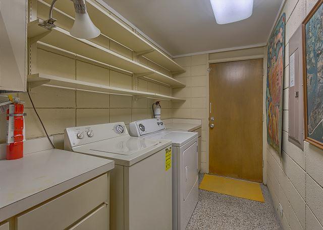 Spotted Sandpiper 12 - Laundry Room - HiltonHeadRentals.com
