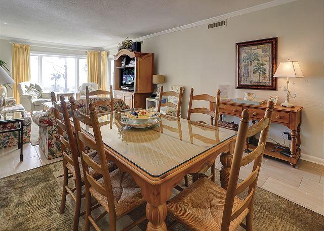 Shorewood 308 - Dining Room - HiltonHeadRentals.com