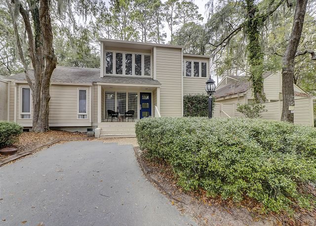33 Water Oak located in Sea Pines