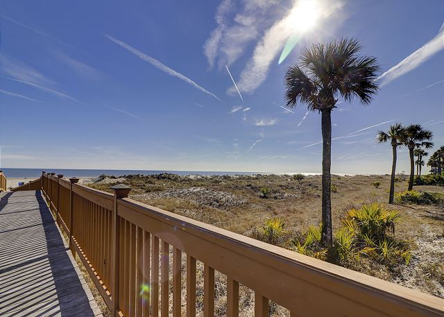 Windsor Place 107 - Private Walkway to the Beach! - HiltonHeadRentals.com
