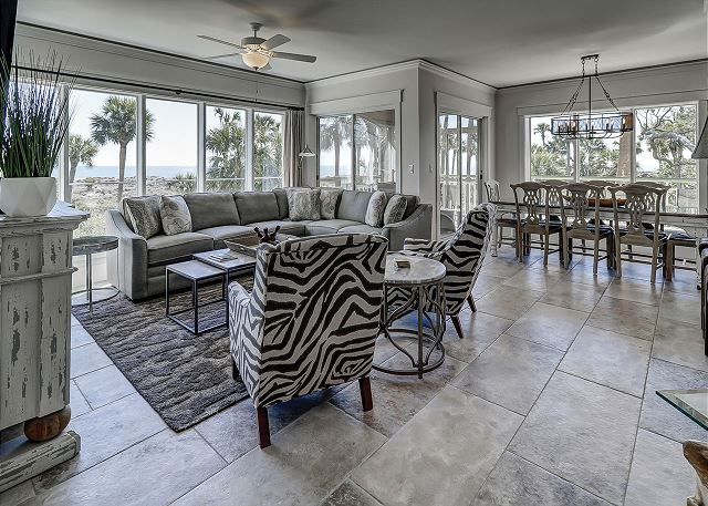 Windsor Place 108 - Ocean View Living Room - HiltonHeadRentals.com
