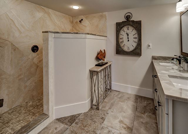 Windsor Place 108 - Master bath with Double Sinks & Walk-In Shower - HiltonHeadRentals.com