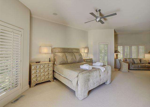 Duck Hawk 22 - Oceanfront Master Suite - HiltonHeadRentals.com