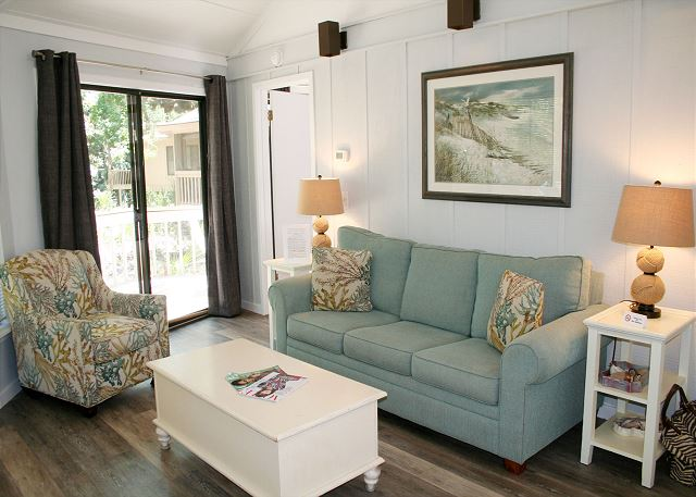 Night Heron 34 - Living Room with Flat Screen TV & Sleep Sofa - HiltonHeadRentals.com