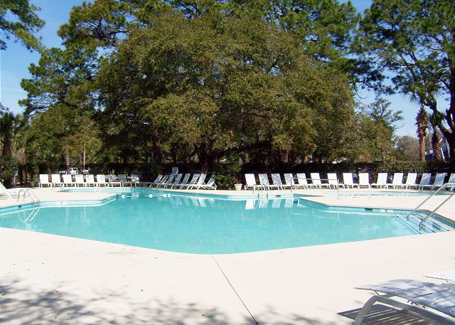 Fairwood Villa 159 - Spend the day at the South Beach Pool - HiltonHeadRentals.com