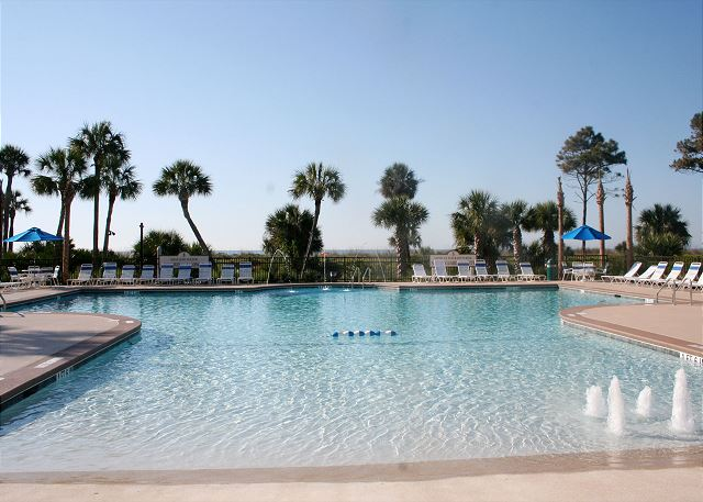 Zero Entry Oceanfront Pool