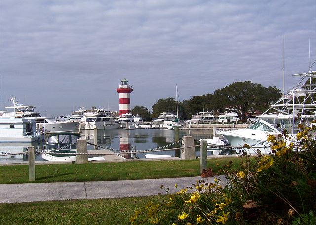 Bike to the Harbourtown Marina