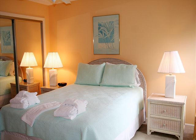Colonnade Club 196 - Bedroom 2 with Queen bed, Flat Screen TV & Private Bath - HiltonHeadRentals.com