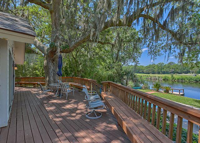Promontory 15 - Back Deck overlooks 11 Mile Lagoon - HiltonHeadRentals.com