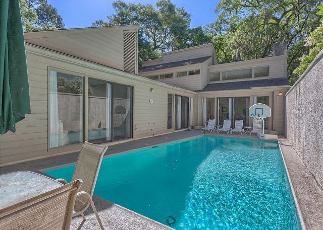 Water Oak 33 - Private Pool can be Heated for a fee - HiltonHeadRentals.com