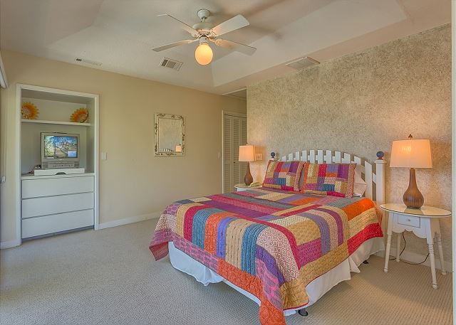 Bedroom 2 Oceanfront with Queen bed, TV & Private Bath