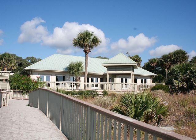 Walk to the Shipyard Beach Club