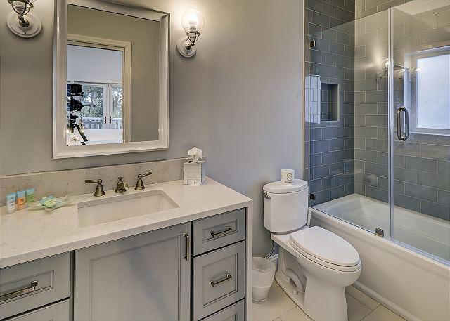 Bedroom 6 Private Bath