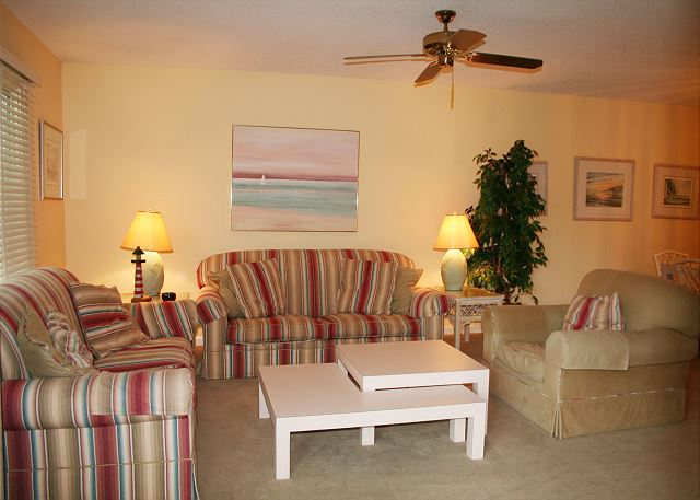 Colonnade Club 196 - Living Room with Flat Screen TV - HiltonHeadRentals.com