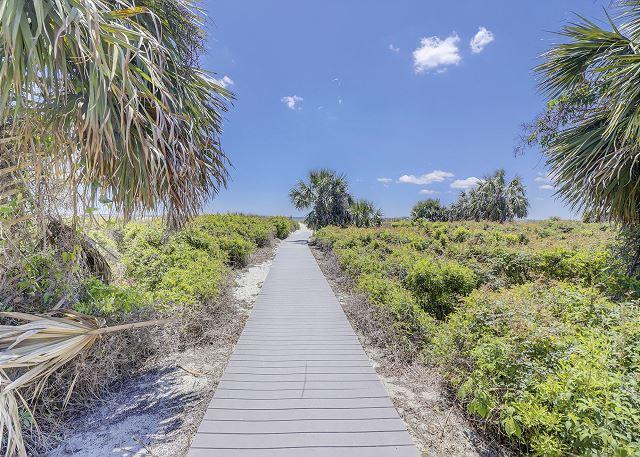 Shorewood Private Beach Access