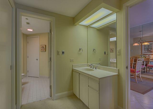 Master Bath with Jacuzzi Tub & Shower