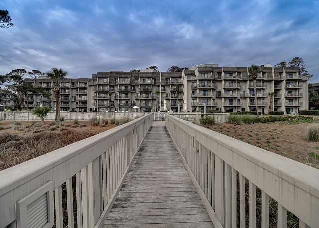 Private Walkway from the Beach to the Pool