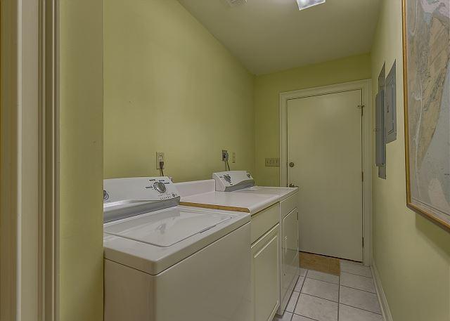 Promontory 15 - Laundry Room - HiltonHeadRentals.com