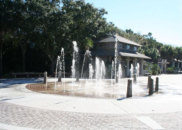 Walk easily to the Interactive Children's Fountain