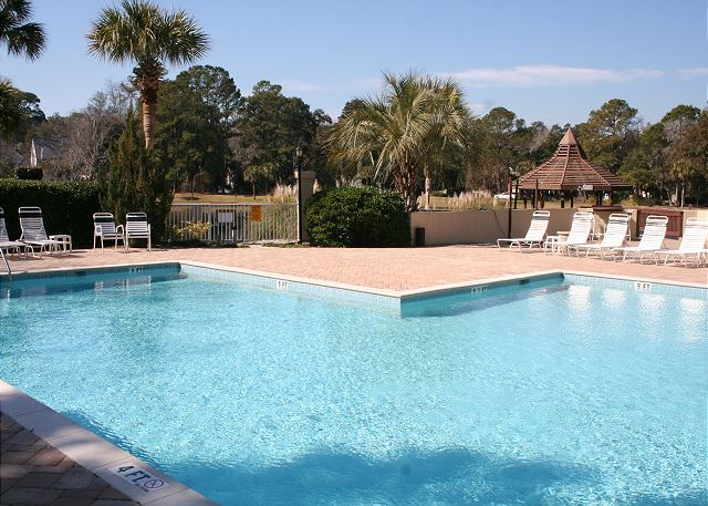 Evian 240 - Evian On Site Pool - HiltonHeadRentals.com