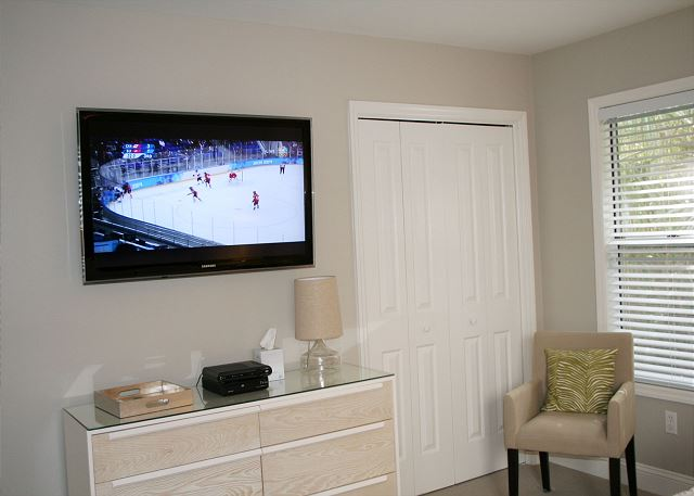 Master Bedroom Flat Screen TV