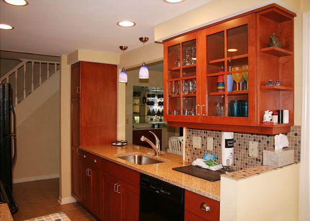 Evian 240 - Kitchen - HiltonHeadRentals.com