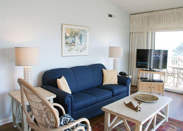 Shorewood 507 vacation condo villa hilton head for Living room 507