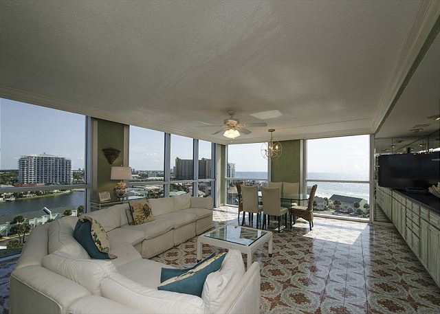 Living Room with view of Gulf and Beach