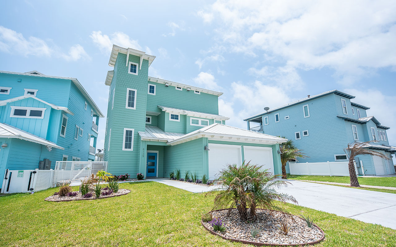 All Decked Out | Corpus Christi | Silver Sands Vacation Rentals