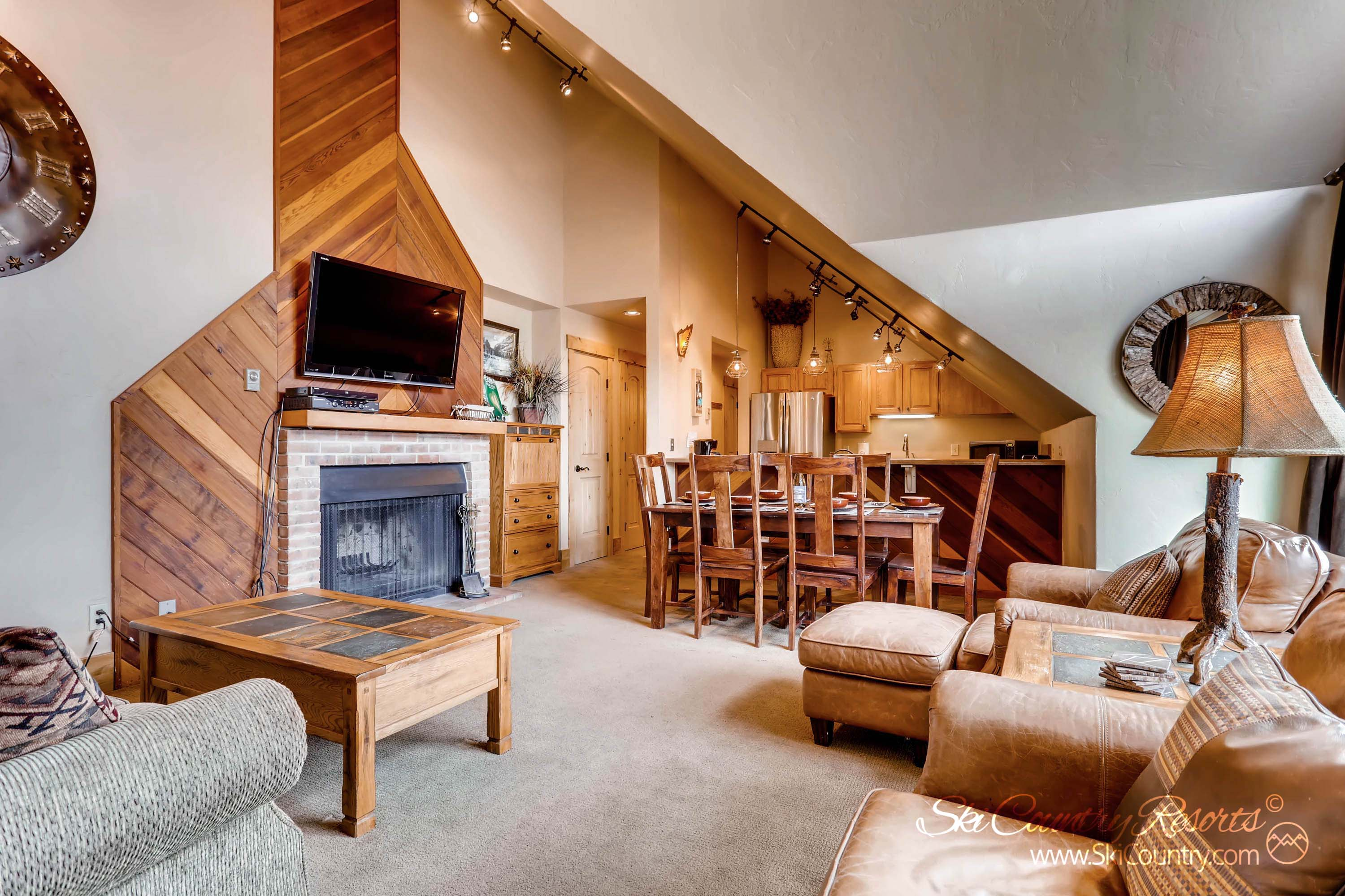 Ski Country Penthouse 4